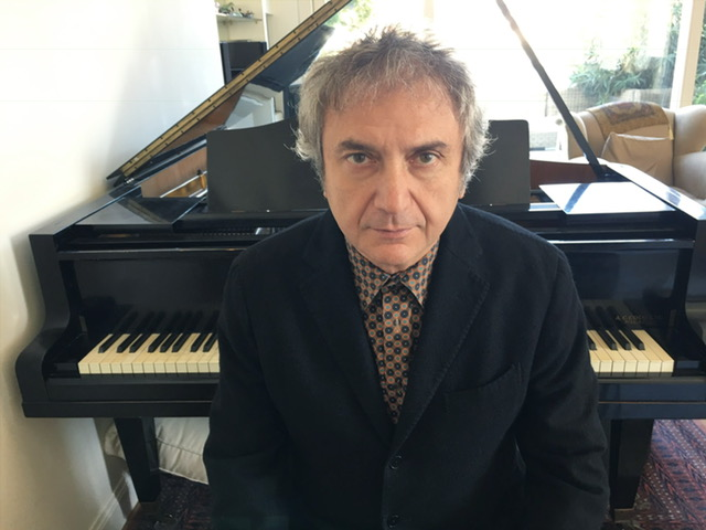 """Roberto Cacciapaglia. Doppio cd best """"Atlas"""" dal 25 novembre"""