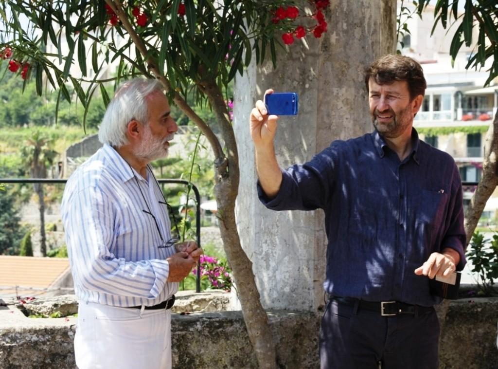 Franceschini in visita a Villa Rufolo con il direttore Amalfitano 7 2014