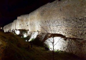 La nuova illuminazione al led per la cinta muraria di Tarquinia