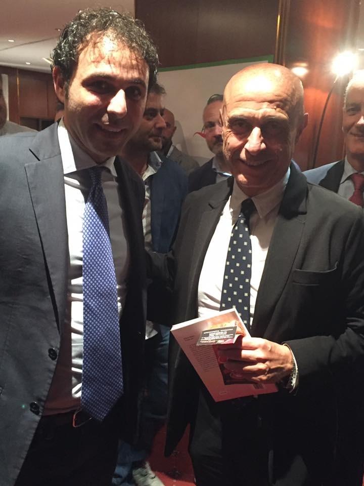 Giovanni Iacoi (LeS) Marco Minniti (Ministro)