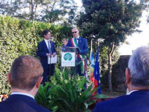 Il sindaco Mazzola e il presidente di Semi di Pace Bondi