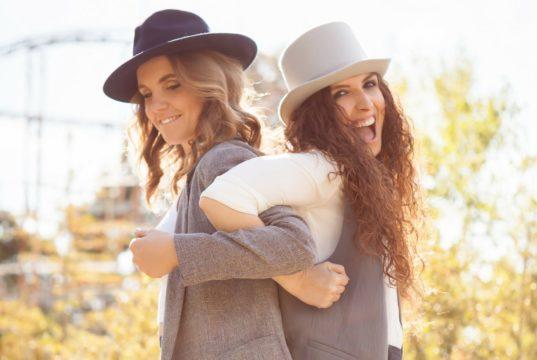 Iza&Sara