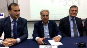 L'Assessore alla P.I. Bruno Beneduce, il Sindaco Raffaele Abete e il Dirigente Antonio prof. De Michele