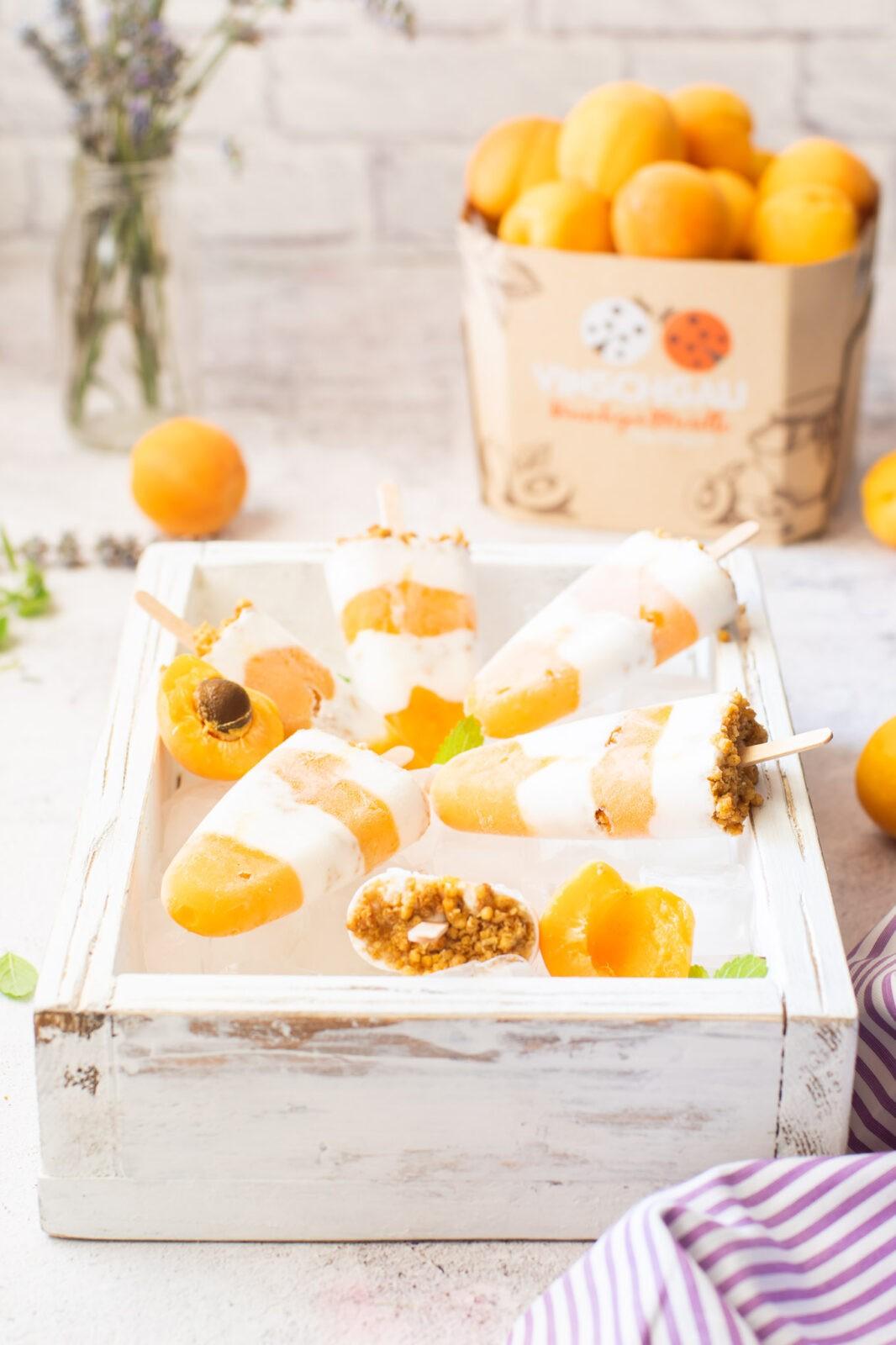 Ghiaccioli albicocche e cocco