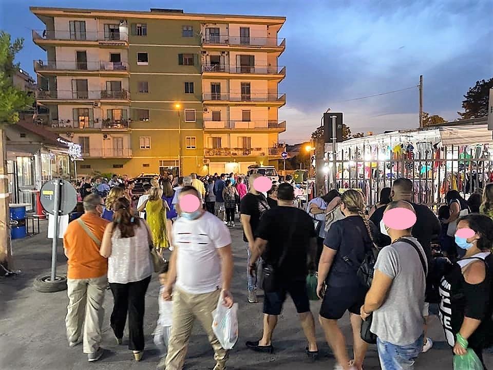 Il Mercato sotto le Stelle a Pagani (Salerno)